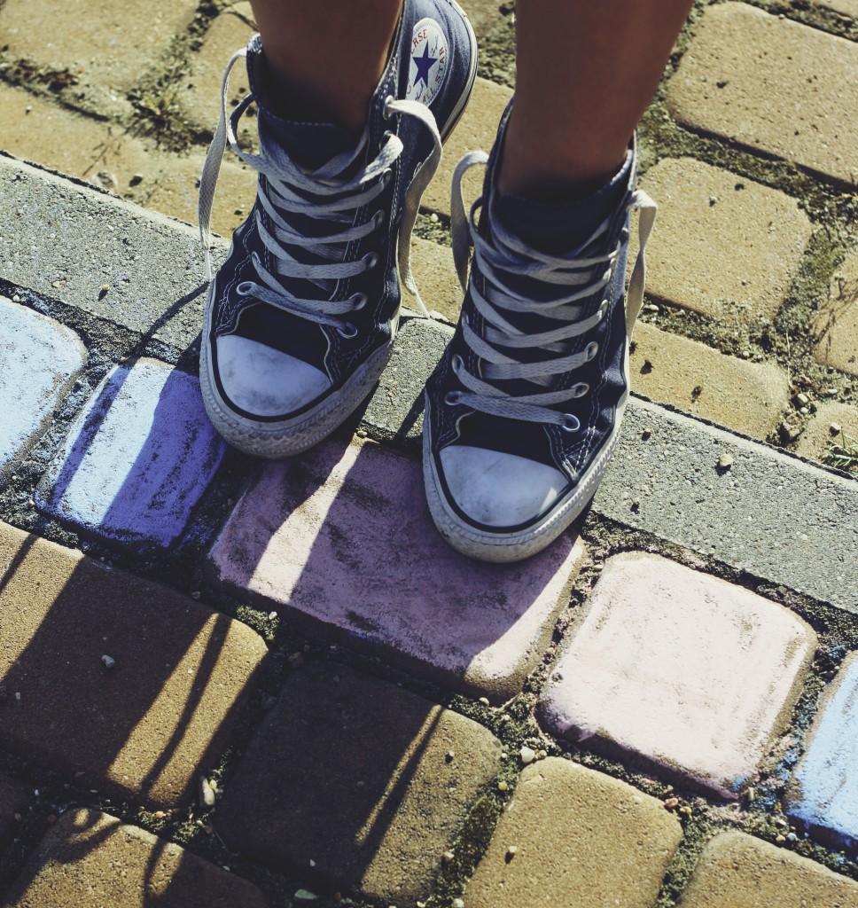 Converse sneakers (1)_pe